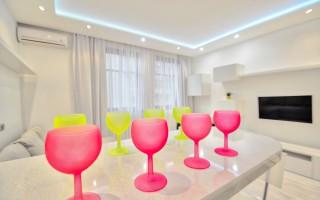 Дизайнерские Апартаменты в Сокольниках / White Light