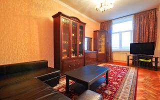 Апартаменты с двумя спальнями / A Quiet Classic